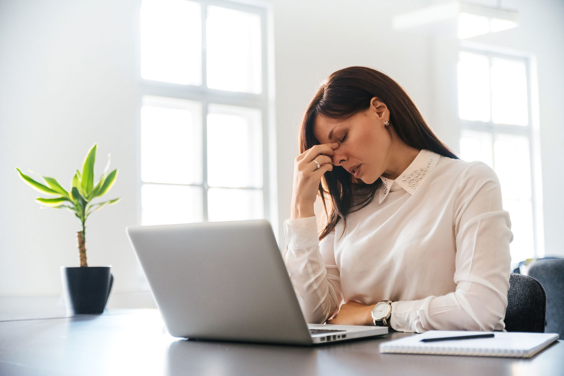 Being an online manager can sometimes be quite stressful. So make sure that you are the kind of person that can deal with it.