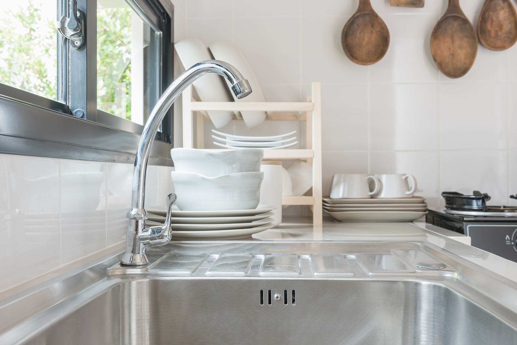 How to Choose The Right Kitchen Sink for Your Business
